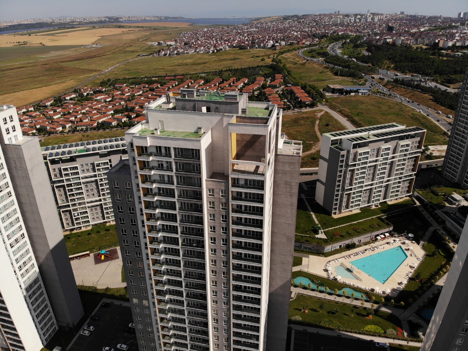 1+1 34th Floor Apartment in Bahcesehir with Lake View